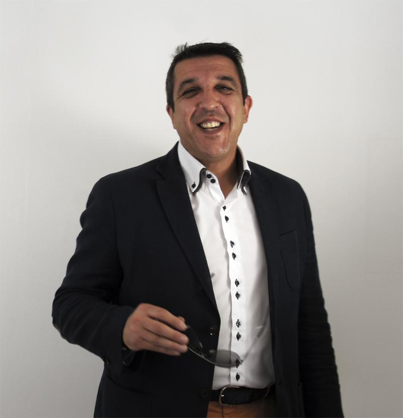 Ángel Gil Martín: Pesadilla en la Inmobiliaria