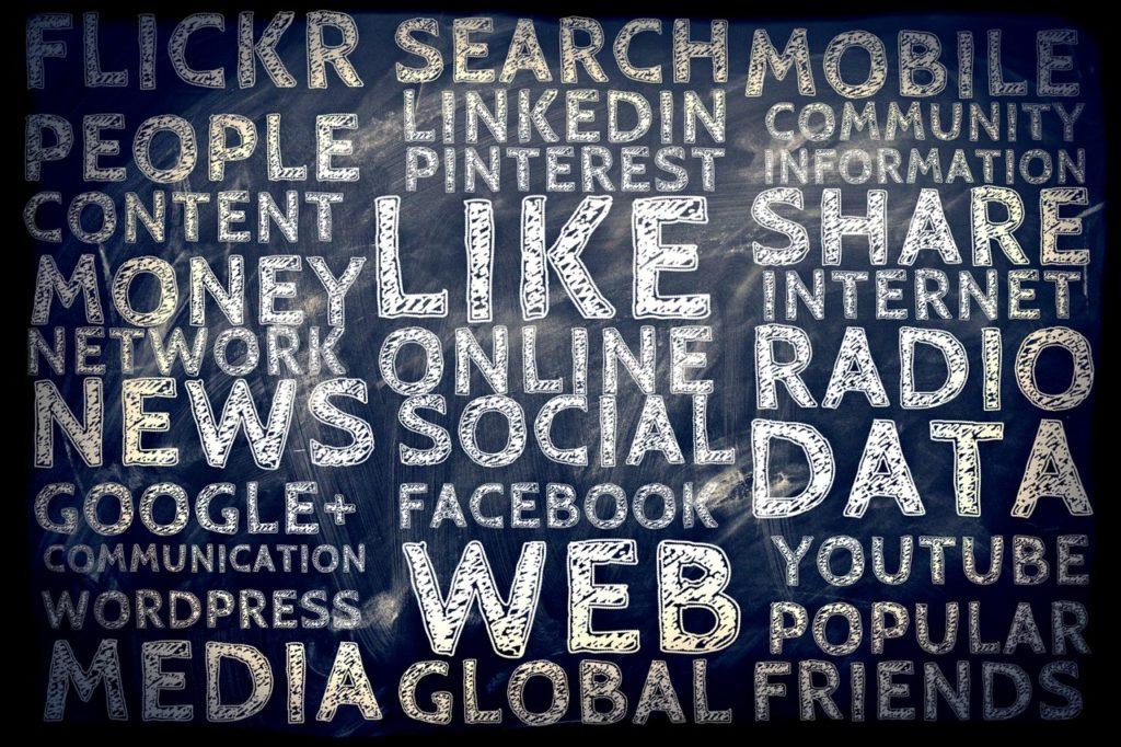 Hay que estar en las redes sociales
