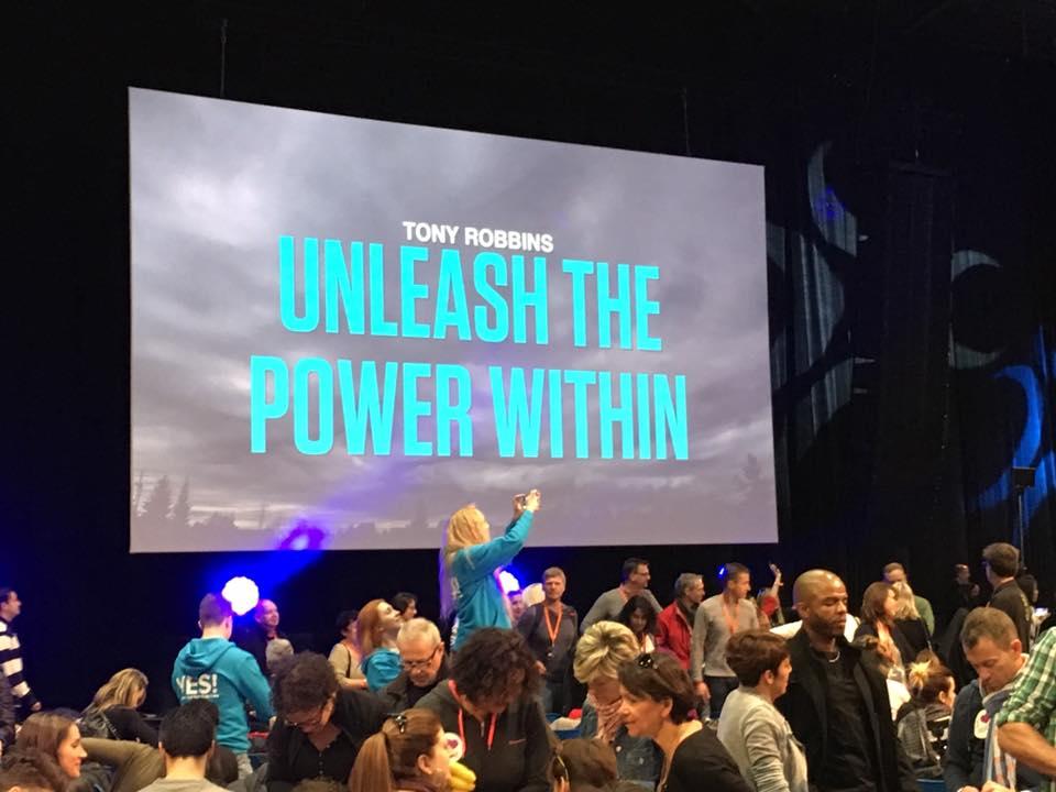Tony Robbins, descubre el poder que hay en tí